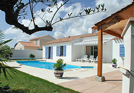 2 3 and 4 bedroom villas with pool on the Vendee coast, St Jean de Monts
