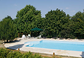 Vendee farmhouse with pool, in a quiet rural setting