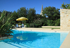 Holiday cottages near Vendee wine visits