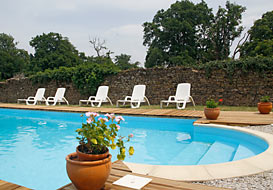 Private swimming pool and large grounds